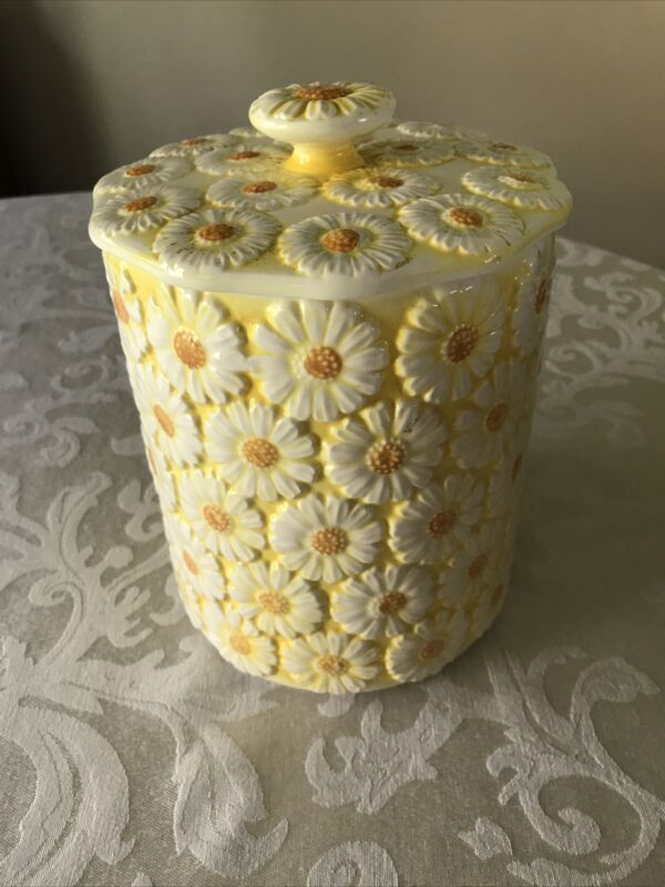 Vintage Brinn's Daisy Canister 1965 Cookie Jar Yellow
