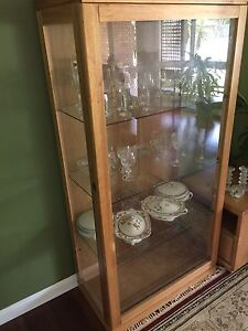Display/china cabinet Ferny Hills Brisbane North West Preview