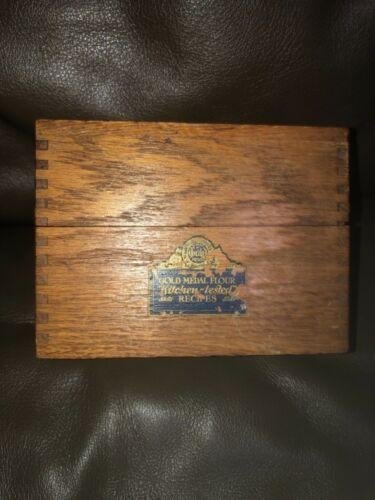 Vintage Oak Gold Medal Flour Recipe Box Betty Crocker Wood Box Joint