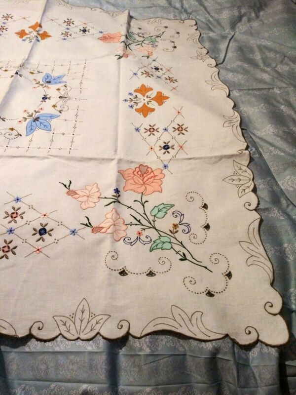 "Rose Design Applique, Cutwork & Embroidered Madeira Linen Tablecloth 51x50 1/2"""