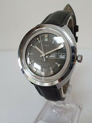Vintage 1970's TIMEX Automatic Day/Date Watch - Good Condition - Needs a Service