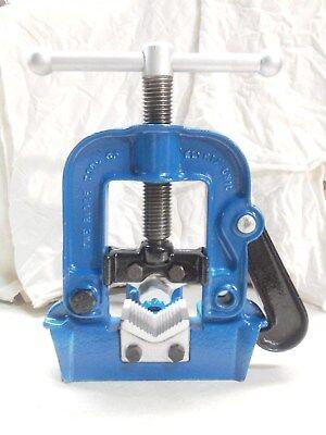 Vintage Ridgid B-y-2 12 Blue Pipe Vise