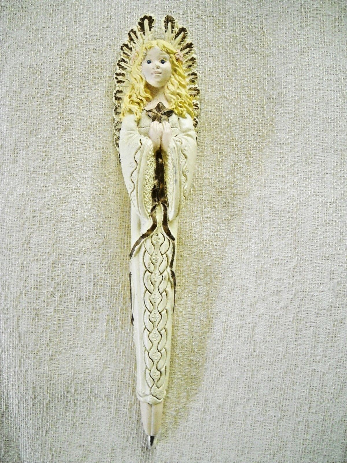 VINTAGE RESIN VICTORIAN ANGEL PEN W/PROTECTIVE POINT GUARD ON TIP STILL WRITES  - $7.00