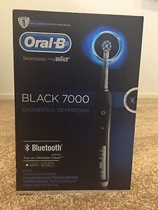Braun Oral-B black 7000 toothbrush with Bluetooth NEW Stanhope Gardens Blacktown Area Preview