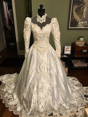 80s Dresses | Casual to Party Dresses Vintage Wedding Dress 1980's $80.00 AT vintagedancer.com