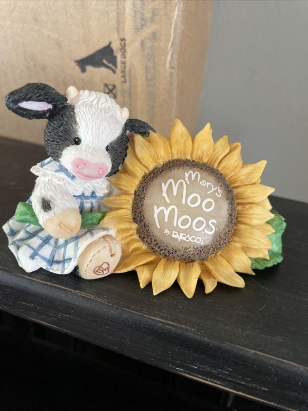 Mary Moo Moos Sunflower Sign