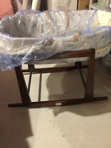 Jolly jumper bassinet and stand