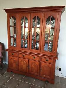Mahogany Buffet and Hutch Lambs Valley Glen Innes Area Preview