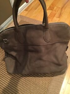 Roots taupe leather bag