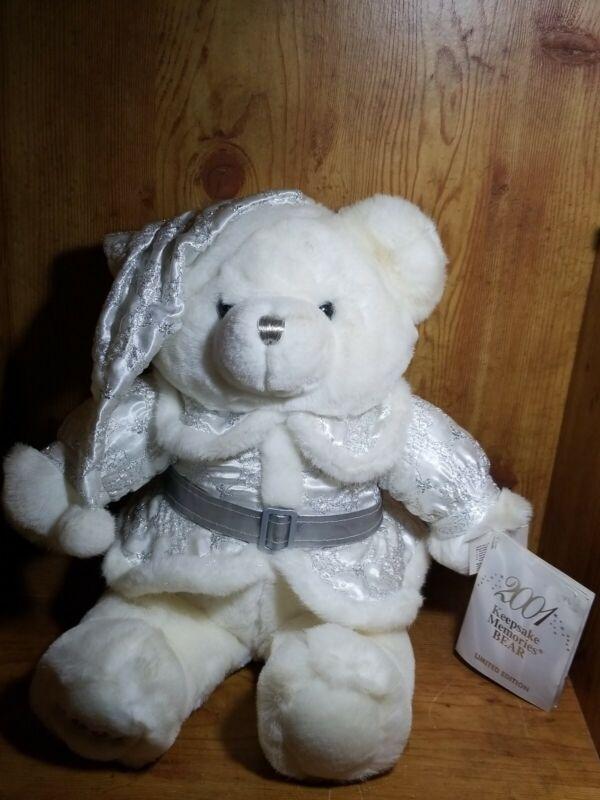 Lee Capozzi Design Keepsake Memories Christmas Bear 2001Limited Edition Bear NWT