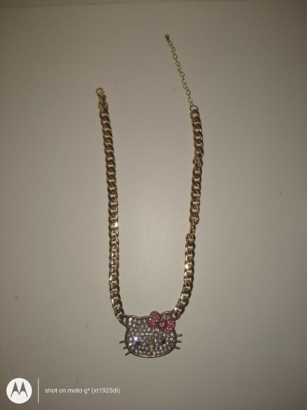 2013 Sanrio Hello Kitty Necklace