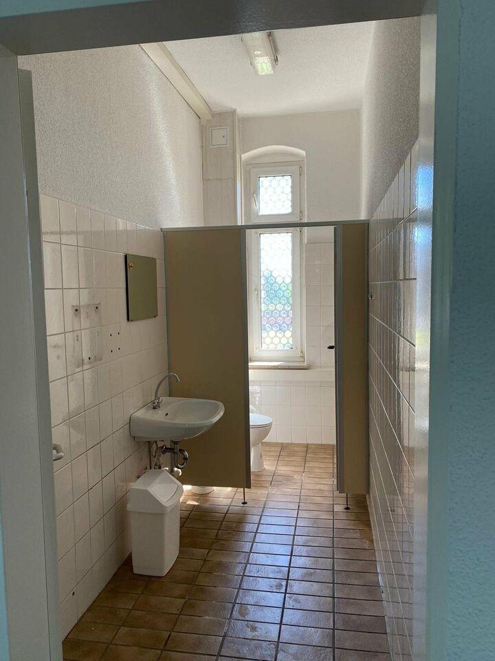Große Gewerbe- oder Wohnraumfläche in Oschersleben zu vermieten in Oschersleben (Bode)