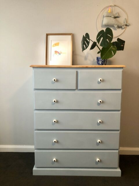 Very Cute Light Grey Chest Of Drawers