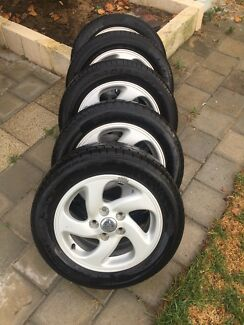 """Set of 5 Ford 15"""" Wheels"""
