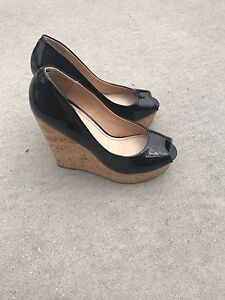 Le- Chateau  Wedges / high heels and boots mint condition