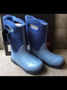 BOGS Kids Prairie Solid New Size 4 and 5