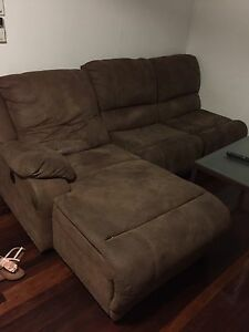 L shaped couch (pending pickup) Morningside Brisbane South East Preview