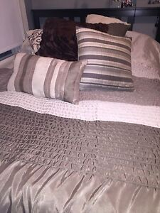 King size duvet cover and extras