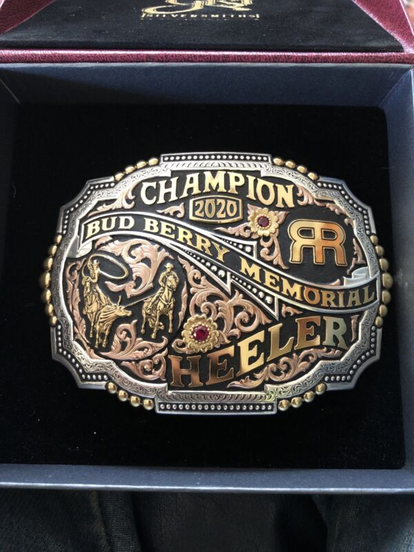 gist buckle Champion Heeler