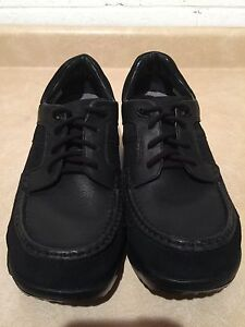 Women's Stretch Walker Shoes Size 11.5 London Ontario image 5
