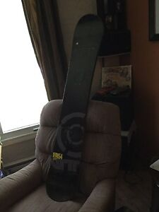 Used Element Nitro snowboard (152 cm/5 foot)