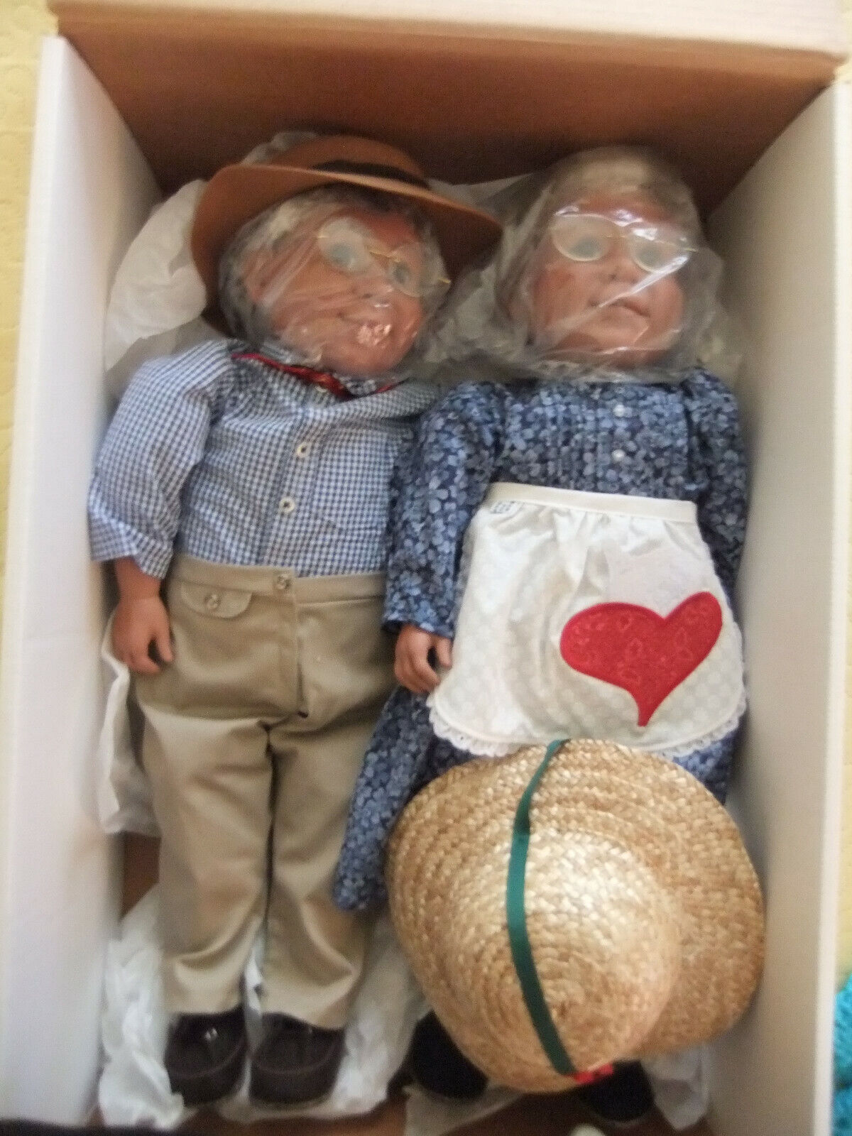 AUNT POLLY AND UNCLE PETE COLLECTIBLE DOLLS, NEW IN BOX. - $165.00