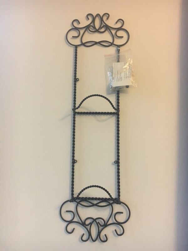 Southern Living at Home 2 Plate Rack Holders - New
