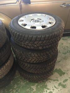 195/65/15 Hankook I-pike snow tires on steel rims