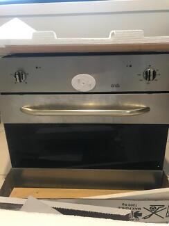Free working oven