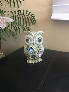 CUTE OWL DECORATION GREAT CONDITION