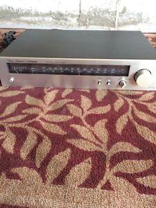 Fisher - AM/FM Stereo tuner model FM