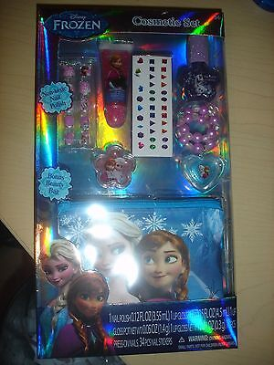 Frozen Makeup (NEW Disney Frozen Elsa cosmetic set nail polish lip gloss pouch press on)