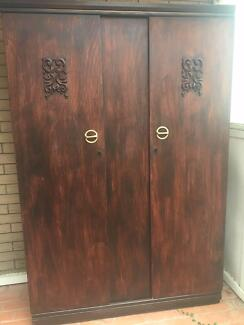 Wardrobe FREE Northcote pick up