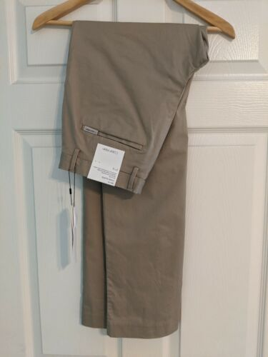 NWT Calvin Klein Men's The Refined Stretch Chino Slim Fit 30