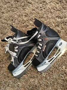 Kids ice skates size 12,13 and 13.5