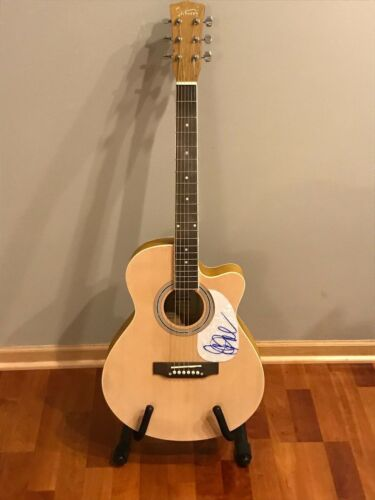 * JUDY COLLINS * signed autographed acoustic guitar * BOTH SIDES NOW * PROOF  1