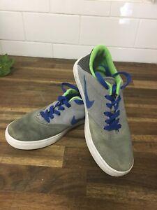 Nike SB canvas shoes US4