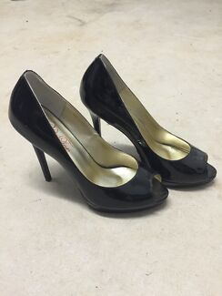 Black Peep Toe heels size 40 Durack Brisbane South West Preview