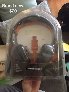 Headphones brand new