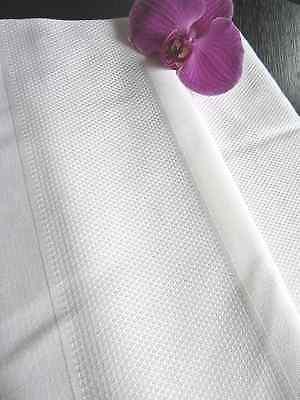 Скатерть FRETTE White Granite Diamond Texture