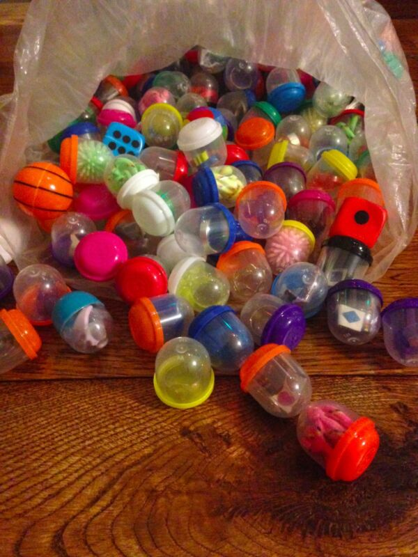 "1"" inch Vending gumball candy Machine Capsules Toy Mix 250 pieces 1.1"" acorn"