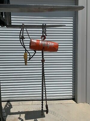 Cm Valustar 1 Ton Electric Chain Hoist 10 Ft Lift 230460 3 Phase Power
