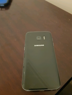 Samsung S7 smart phone