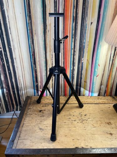 BEAMZ TRIPOD LIGHT STAND Gently Used ~ Exc Working Order