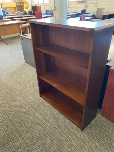 """BOOKCASE in CHERRY COLOR WOOD 48""""H"""