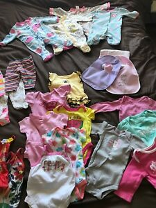 LARGE AMOUNT OF BABY GIRL CLOTHES 0-3MONTHS