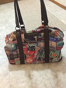 Tracker Carry-on duffle bag / large purse