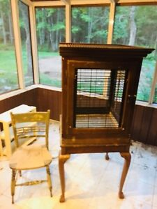Large antique cage for larger bords