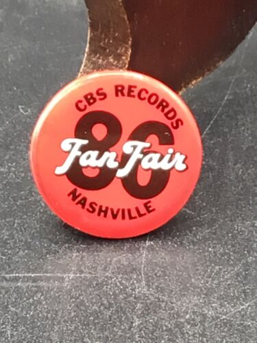 """Vintage CBS Records 1986 Nashville """"Fan Fair"""" Label Button Pin"""