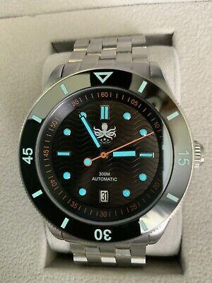 Phoibos Wave Master PY010C 300M Automatic Dive Watch Black Dial Date w/ Box